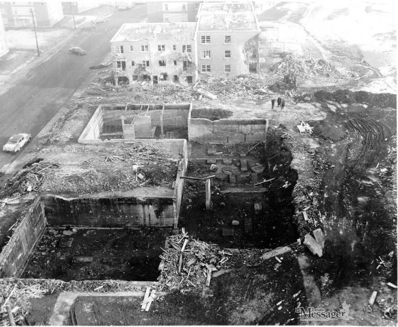 1er mars 1965 : Une explosion au gaz naturel tue 28 personnes dans SUR LA LIGNE DU FEU 123